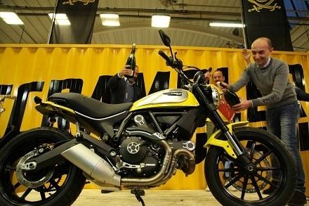 Nouveauté - Ducati: la preuve que la Scrambler sera produite à Bologne