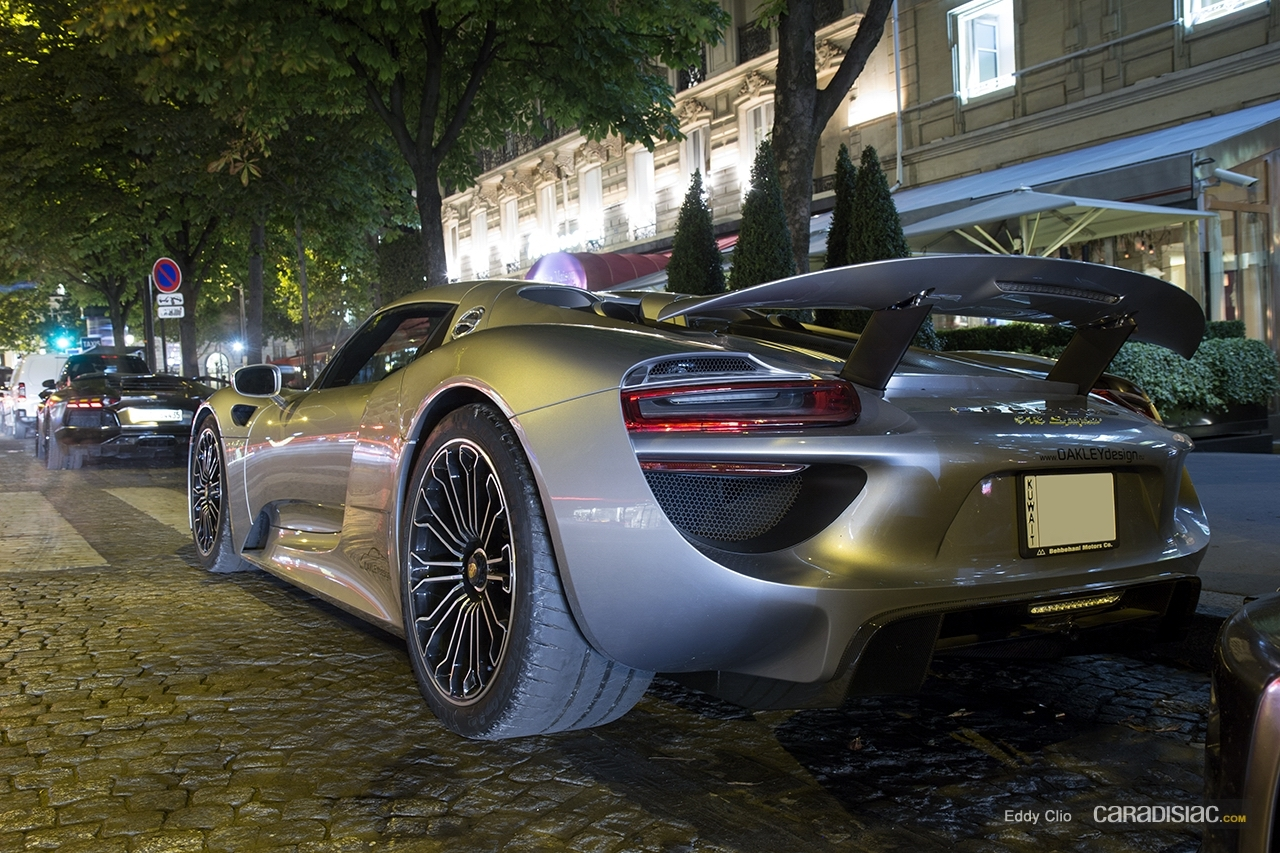 porsche 918 spyder design new 2014 porsche 918 spyder design youtube fotos de porsche 918. Black Bedroom Furniture Sets. Home Design Ideas