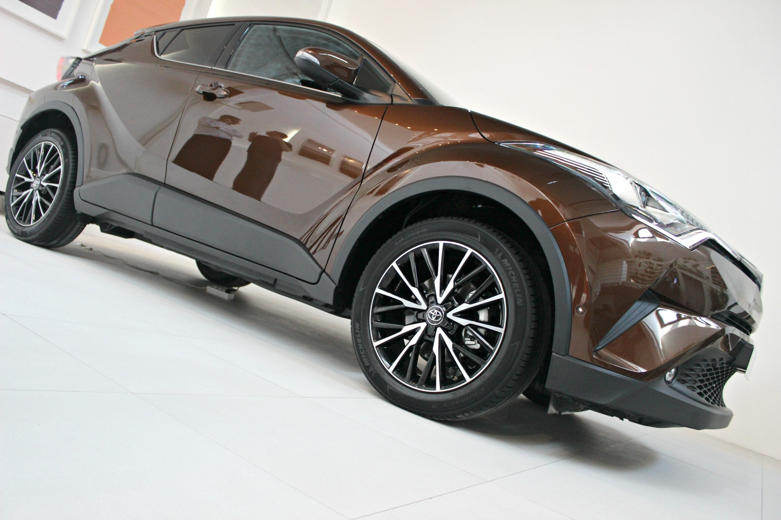 [Image: S0-presentation-video-toyota-c-hr-que-re...381295.jpg]
