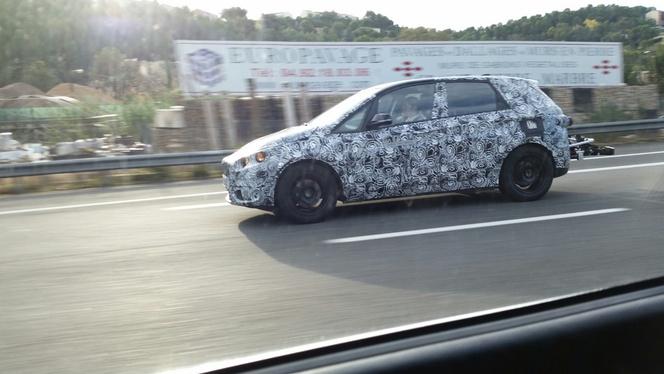 Surprise par un lecteur : la future BMW Série 2 Active Tourer hybride