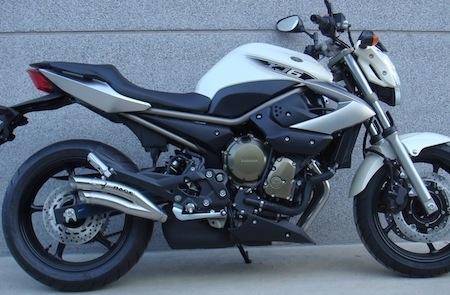 Ixrace fait muer la Yamaha XJ6.