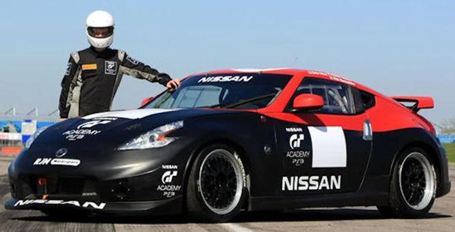 Jordan Tresson (GT Academy 2010) resigne pour un an en GT4