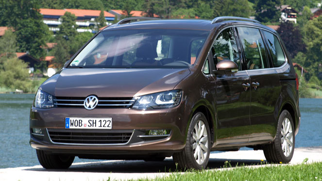 essai vid o volkswagen sharan le r sistant. Black Bedroom Furniture Sets. Home Design Ideas