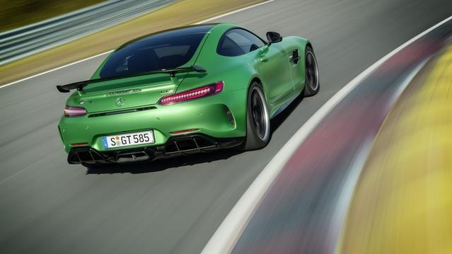 Mercedes : l'AMG GT R se dévoile