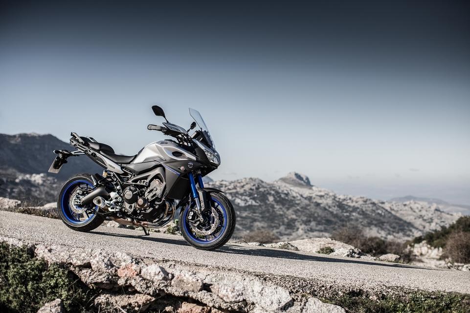Essai Yamaha MT 09 Tracer 2015 : Le nouvel maître étalon de la catégorie