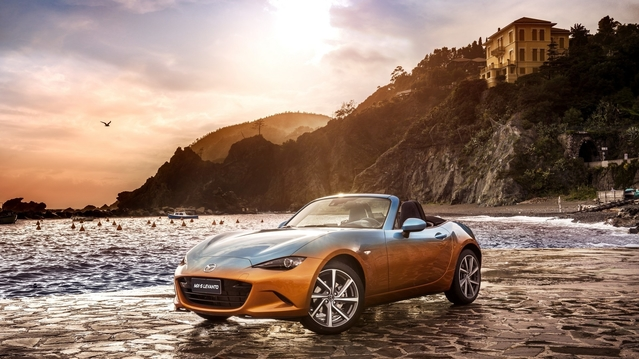 Mazda MX-5 Levanto : le cabriolet denim