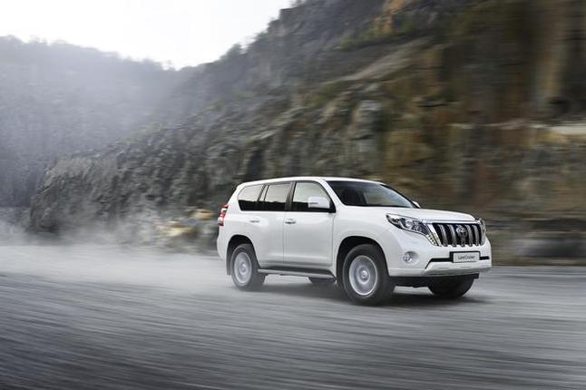 Toutes les nouveautés du salon de Francfort 2013 – Toyota Land Cruiser restylé : évolutions mineures