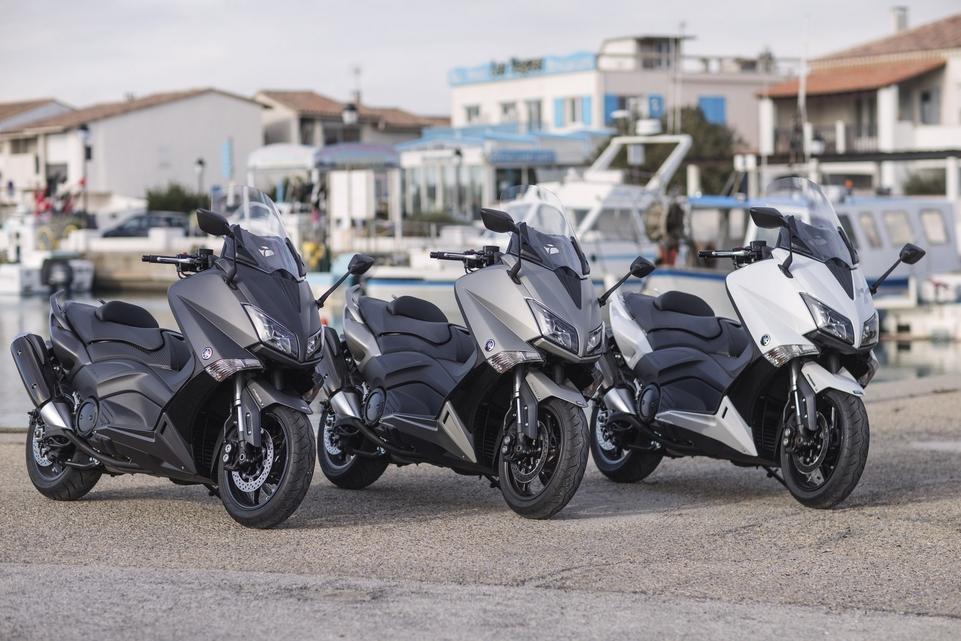 Essai Yamaha T-Max 530 : une décennie et pas une ride