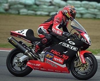 Superbike: Alex Debon va baptiser l'Aprilia V4.