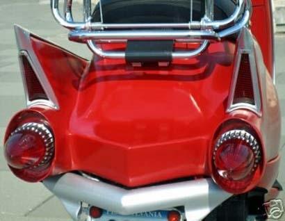 Photo du jour : Vespa Cadillac édition