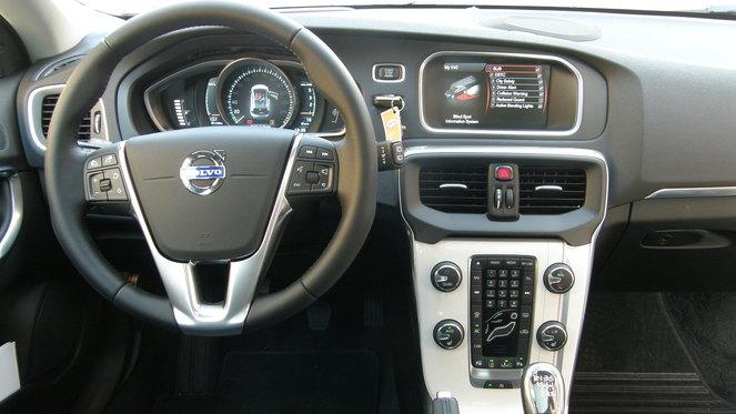 Essai vidéo - Volvo V40 : faux break, vraie compacte