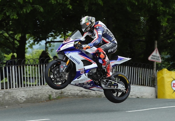 Tourist Trophy 2018 : Harrison en Supersport et Hickman en Senior TT