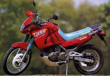 20 ans déjà : Kawasaki présentait la 500 KLE à Cologne