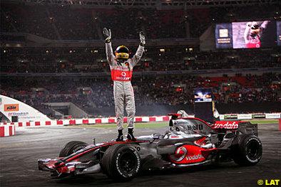 Formule 1 - Hamilton: Lewis prendra ses quartiers chez Madame Tussauds