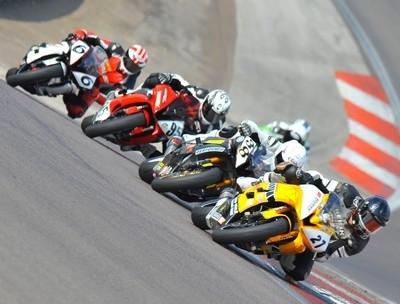 Motors Events Europe: le calendrier 2011 des GP Racer Dunlop.