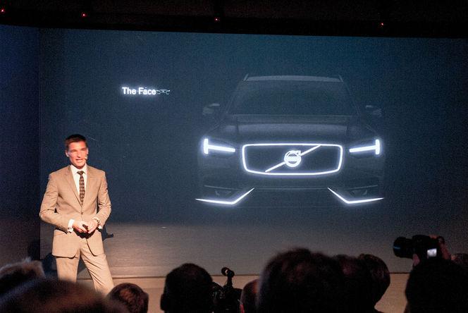 Le futur Volvo XC90 sort de l'ombre