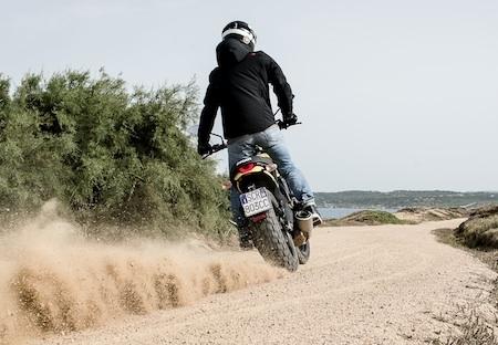 Ducati: Pirelli équipe la famille Scrambler avec son MT 60 R