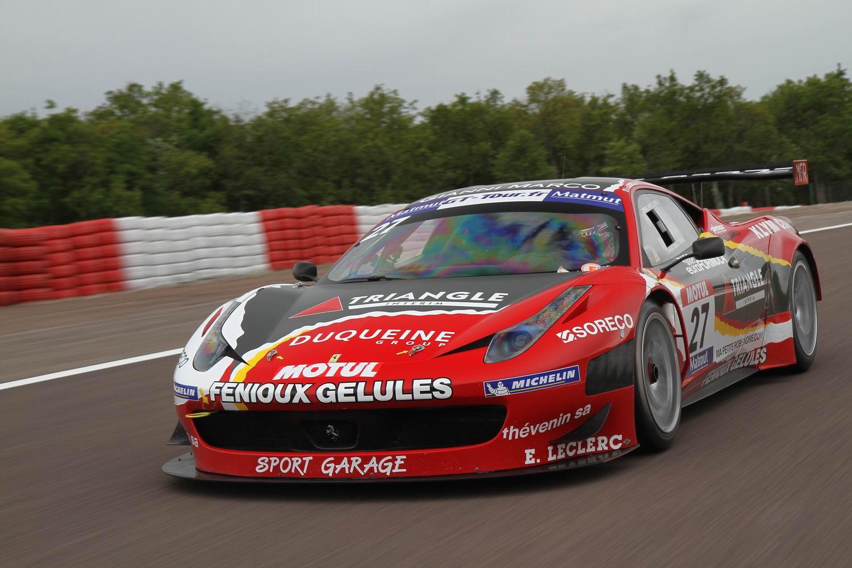 http://images.caradisiac.com/images/8/8/6/7/78867/S0-Exclusif-Caradisiac-essaie-la-Ferrari-458-GT3-sur-le-circuit-de-Dijon-Prenois-264100.jpg