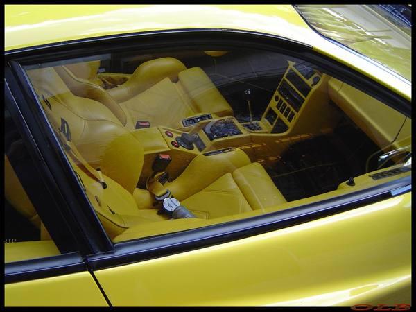 http://images.caradisiac.com/images/8/8/7/5/8875/S7-La-photo-du-jour-Ferrari-Testarossa-Koenig-biturbo-49579.jpg