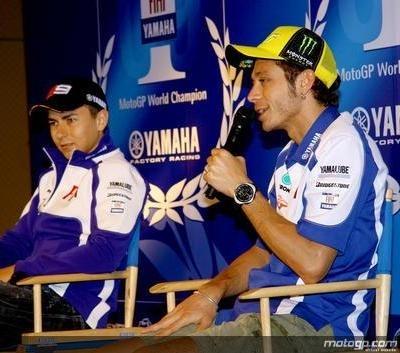 Moto GP - Yamaha: Rossi et Lorenzo rameutent 10 000 personnes !