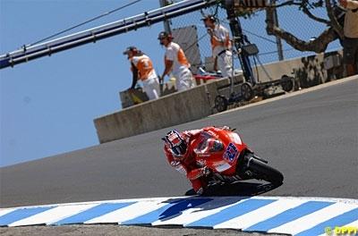 Moto GP: Etats Unis: Podium: 1 Stoner.