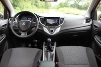 Le cockpit est moderne mais la qualité passable