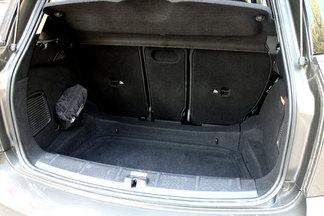 Le volume de chargement du Countryman atteint celui d'une Mégane (350 litres) avec en prime une ouverture plus pratique.