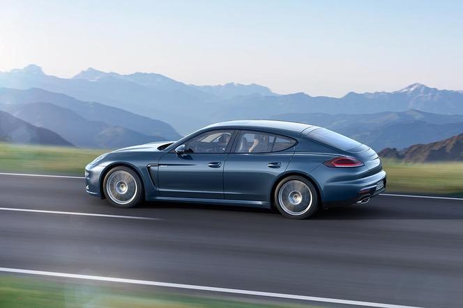 Toutes les nouveautés de Francfort 2013 - Porsche revisite la Panamera diesel et lui offre 300 ch