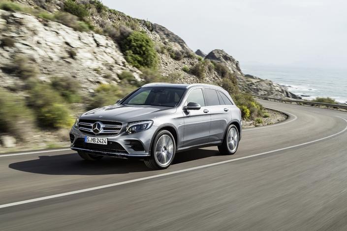 Le rappel concerne 774 000 véhicules en Europe, et notamment des GLC (photo), Classe C et Vito.