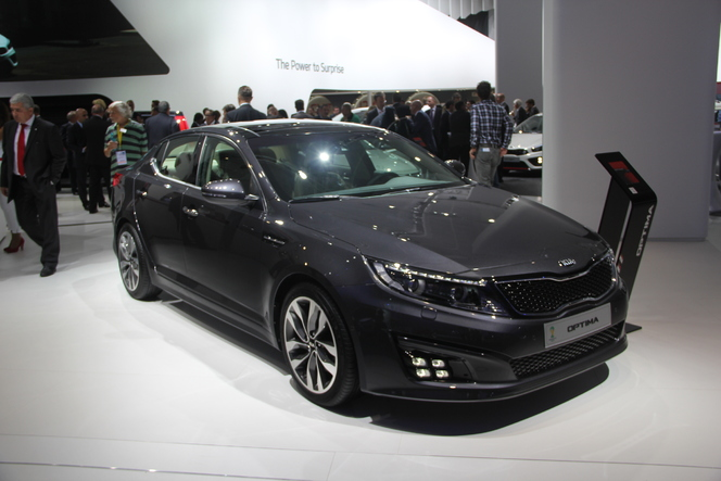 En direct du salon de Francfort  2013 - Kia Optima restylée : léger !