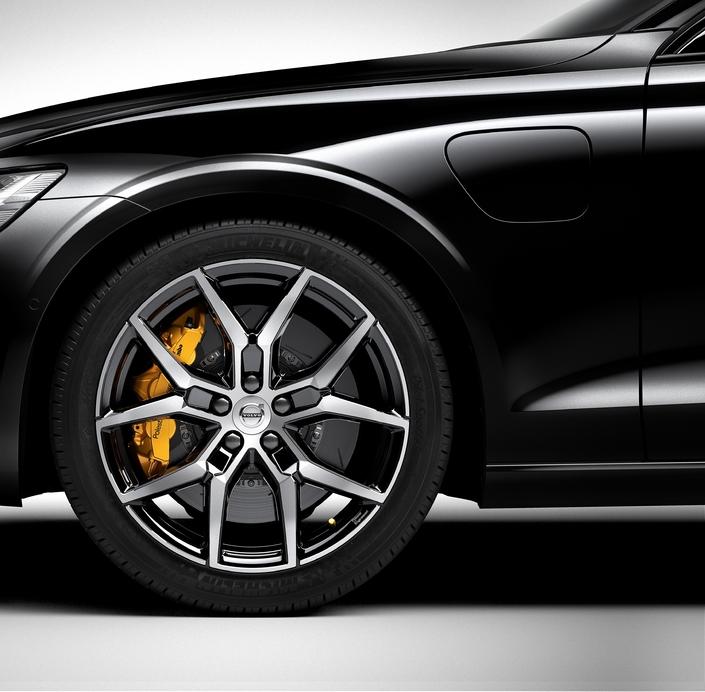 Volvo: la nouvelle S60 inaugure le label sportif Polestar Engineered