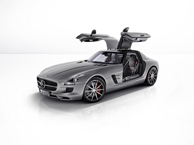 Nouvelle Mercedes SLS AMG GT : le papillon passe le survet'