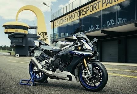 Commandez votre Yamaha R1-M 2017 à partir du 11 octobre