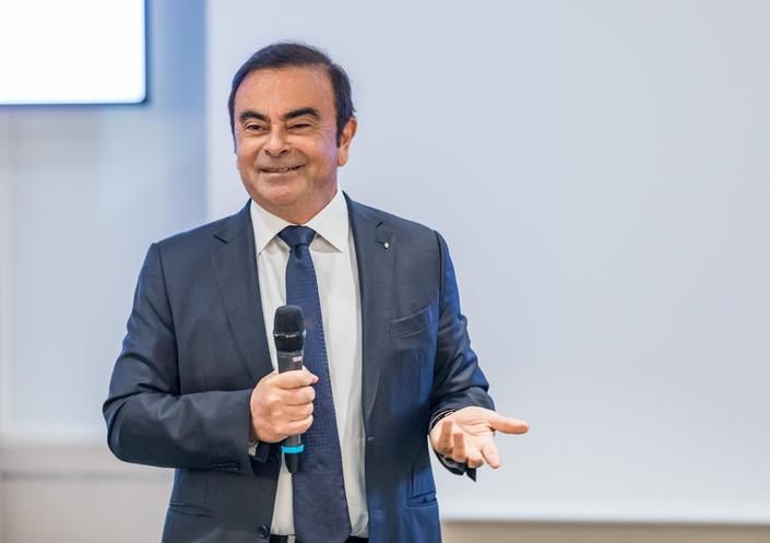 Carlos Ghosn pourrait quitter la tête de Renault plus tôt que prévu