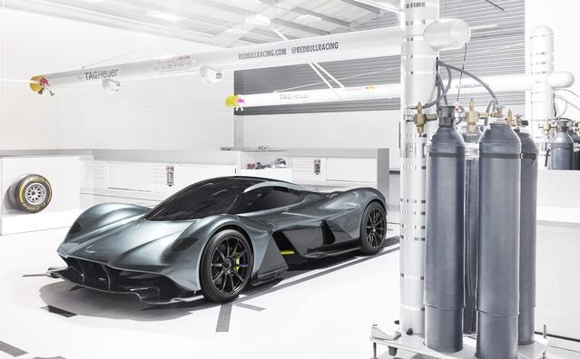Aston Martin et Red Bull dévoilent leur hypercar