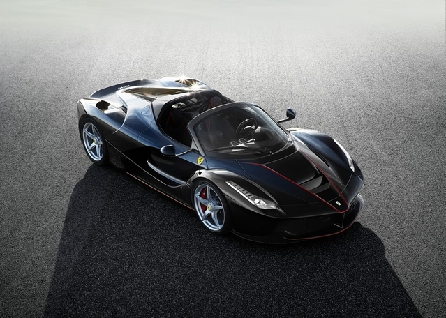 Ferrari officialise la version roadster de la LaFerrari