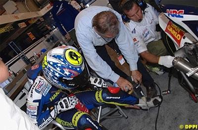 Moto GP: Melandri a couru avec une fracture.