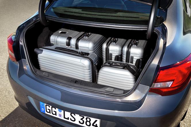 Nouvelle Opel Astra Berline : pas pour nous
