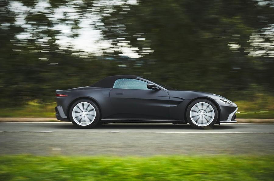 2017 - [Aston Martin] Vantage - Page 4 S0-aston-martin-devoile-les-premieres-images-de-la-vantage-roadster-605491