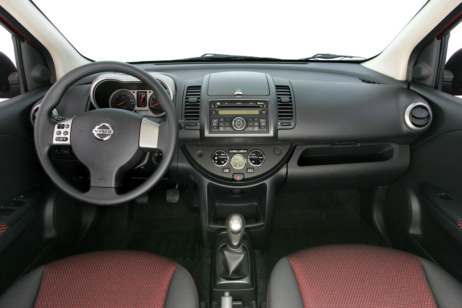nissan note 2005 2013 topic officiel page 94 note nissan forum marques. Black Bedroom Furniture Sets. Home Design Ideas