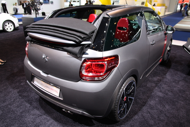 Vidéo en direct du salon de Francfort 2013 - Citroën DS3 Cabrio Racing, le concept facile