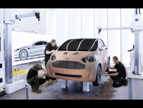 Salon de Genève: Aston Martin Cygnet par L'Oeil de Lynx