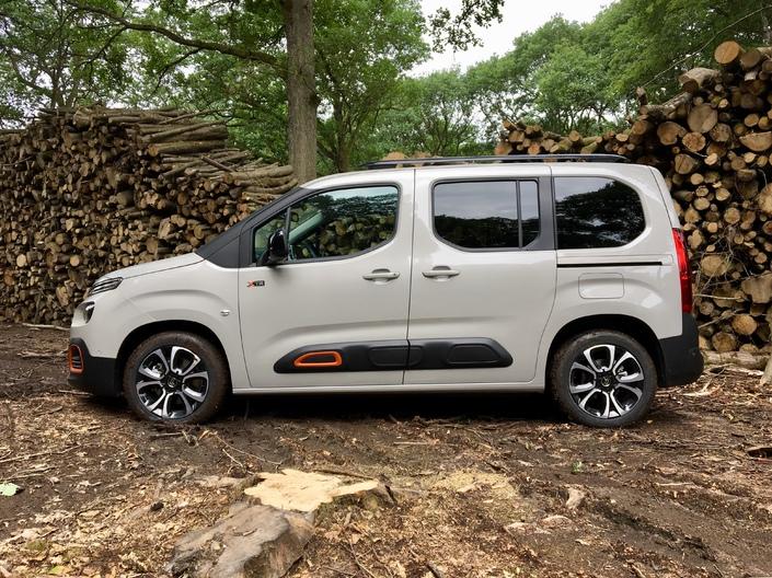 Essai vidéo – Citroën Berlingo Multispace 2018: mais que reste-t-il aux SUV?