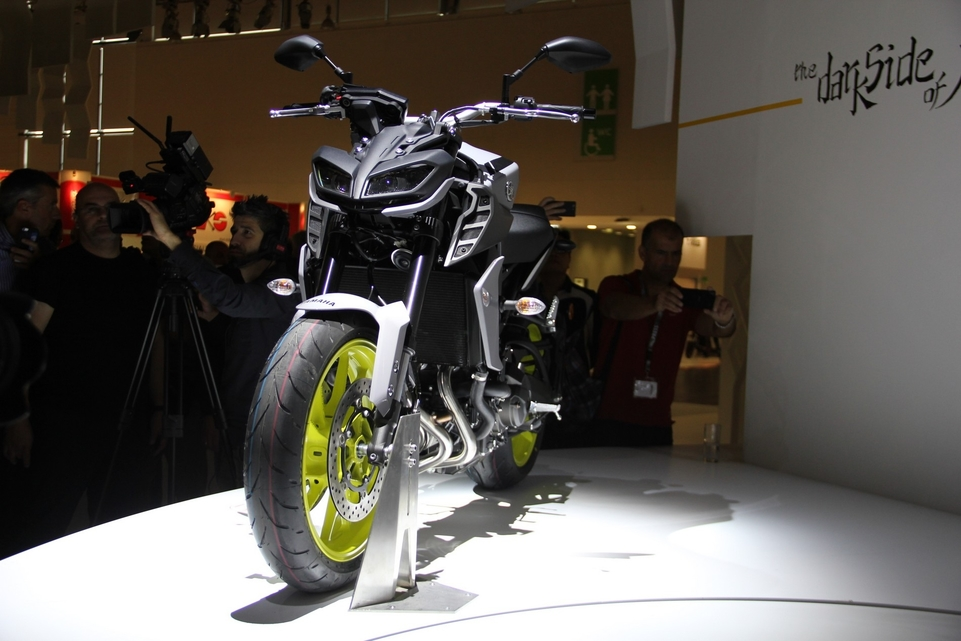 En direct d'Intermot 2016 : Yamaha MT-09