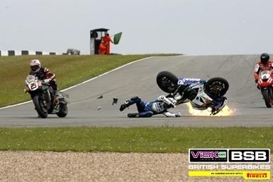 British Superbike - Donington: Guintoli sérieusement blessé