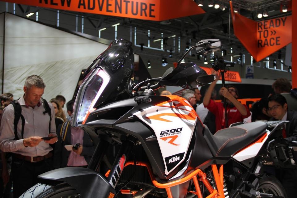 En direct d'Intermot 2016 : KTM Super Adventure 1290 R et S