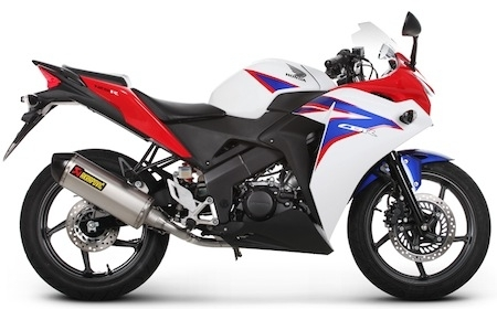 Akrapovic: ligne racing pour Honda CBR125R (2011-2012)