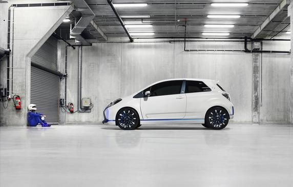 Toutes les nouveautés du salon de Francfort 2013 - Toyota Yaris Hybrid-R: de nouveaux détails