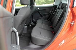 Avant et arrière de la Peugeot 208