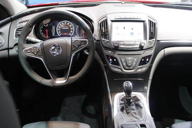En direct du salon de Francfort 2013 - Opel Insignia restylée : le jeu des différences